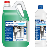 7-trucchi-per-le-pulizie-di-casa-con-i-detergenti-interchem-italia-argonit-p200